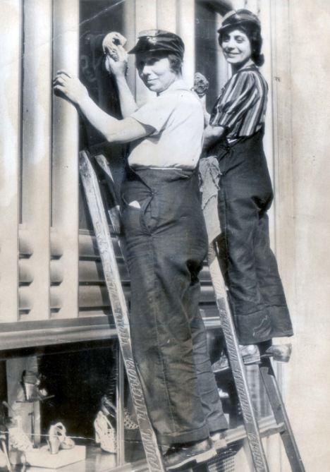 R Amp C Female Window Cleaning